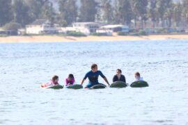 Group Surfing Lesson - North Shore