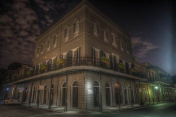 5-in-1 New Orleans Ghost & Mystery Tour